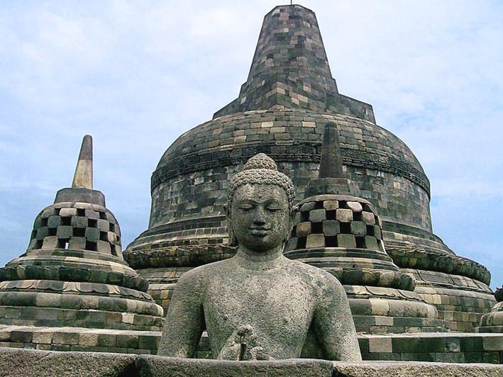 giantbuddhastupa